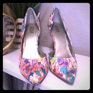 Spring Heel (multi color) size 10